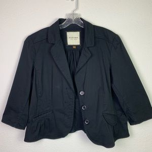 Sonoma casual blazer. Black, 3/4 sleeve, buttons.